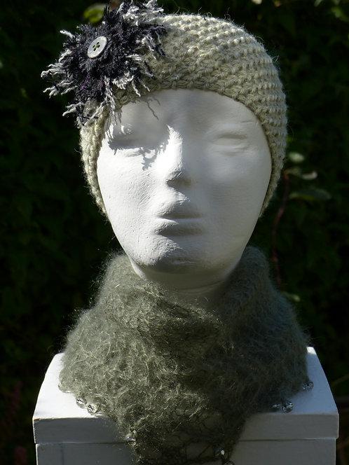 Light Grey Headband with a Black/Grey Trim