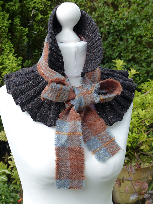 Stone and Brown wool collar
