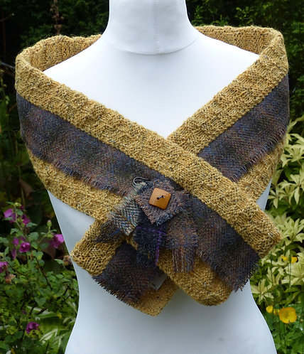 Mustard/Brown Knitted Wrap
