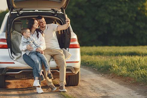familia-auto-BAJA.jpg