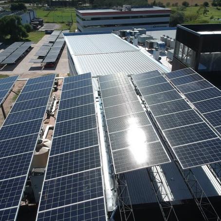 El crédito fiscal de energía renovable distribuida se duplica a $30.000 por Kw