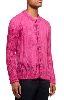 chris-brown-pink-knitted-cardigan.jpg