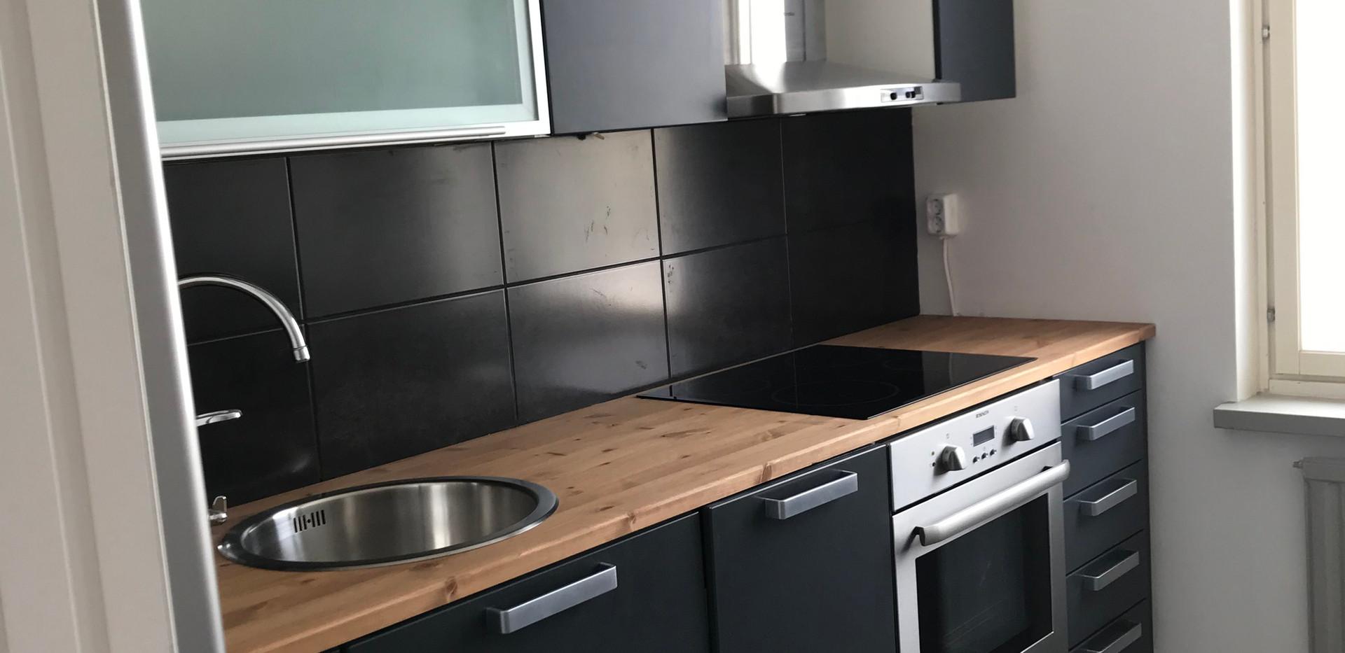 Carefix keittiö ja pintaremontti