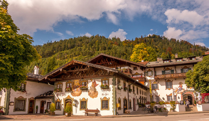 Bavaria 11-032