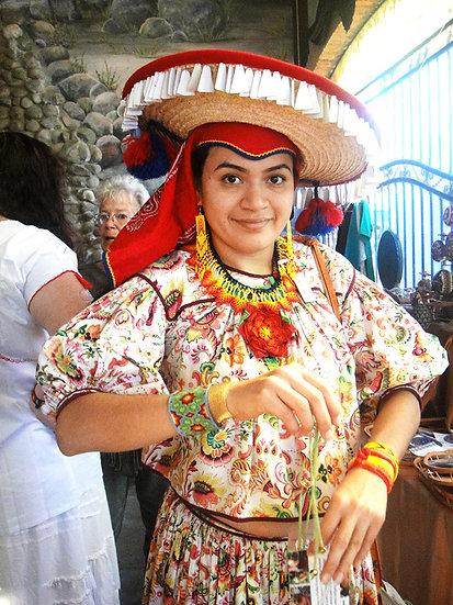 At the Fiesta Maestro del Arte 610
