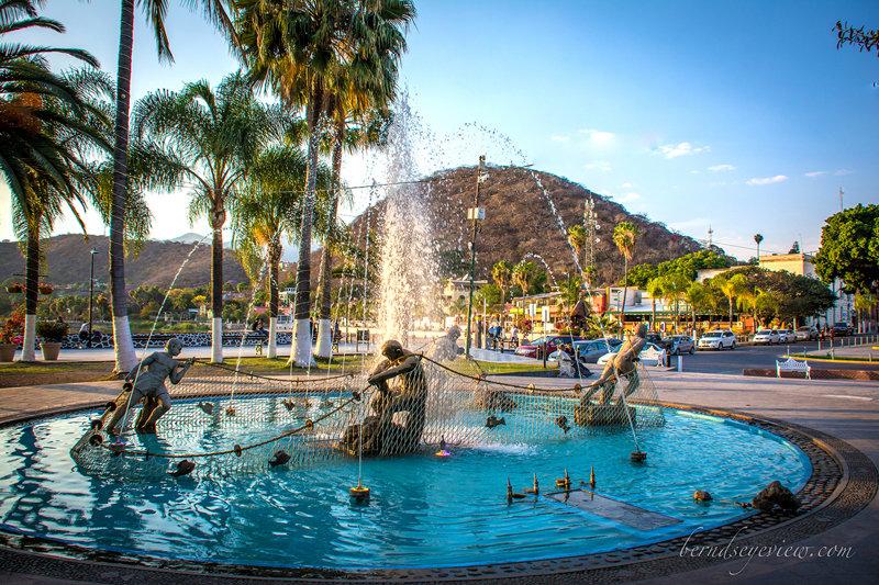 Chapala Fountain / Fuente de Chapala 022