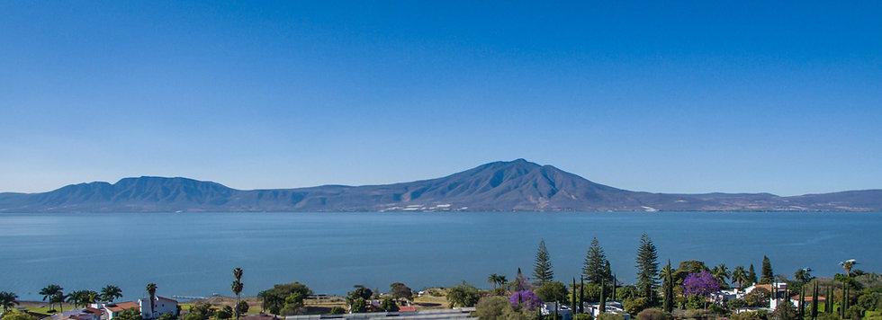 Lake Chapala, Mte. Garcia A330