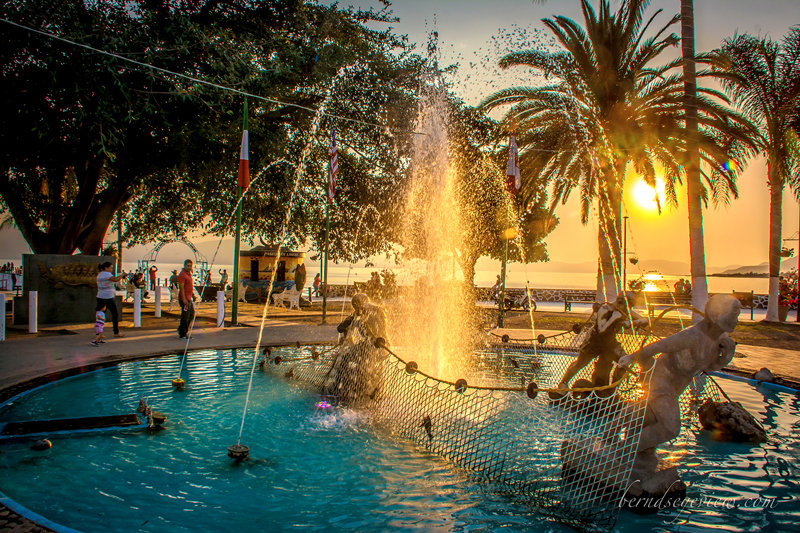 Chapala Fountain / Fuente de Chapala 021