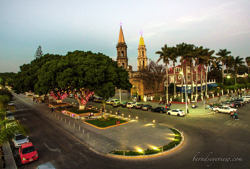 Chapala Center / Chapala Centro 025
