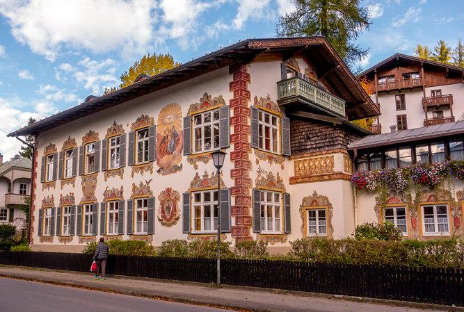 Bavaria 11-042