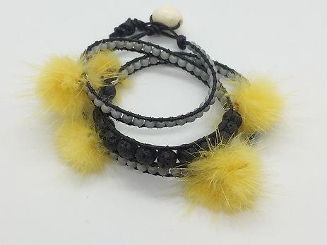 bracelet_yellow2.jpg