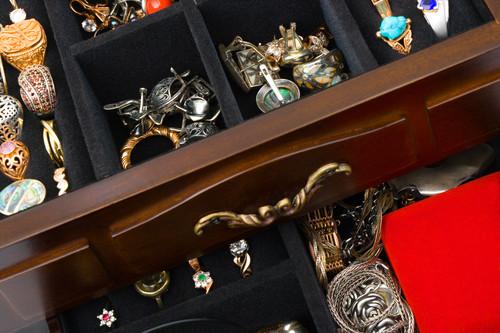 Jewelry Storage San Francisco - Jewelry Maintenance