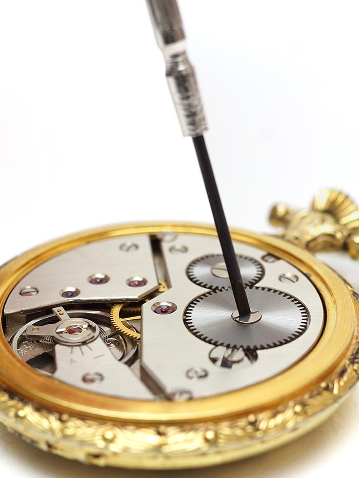 Smart Strategies for Selling Broken Jewelry
