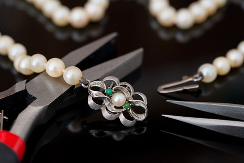 San Francisco On-Site Jewelry Repair - Carats & Stones