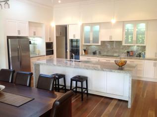 Rise Up Design - Kitchen