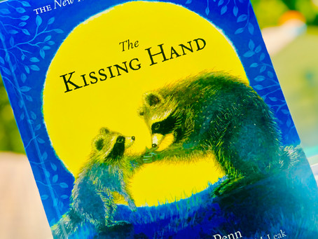 Story-Telling Sunday: The Kissing Hand