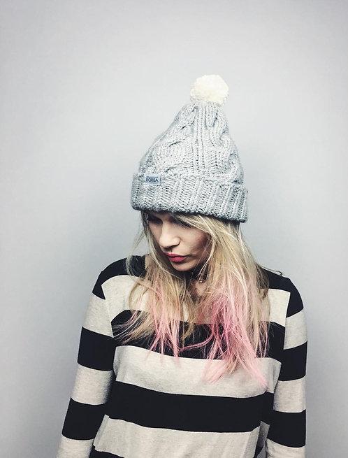 Szara ręcznie robiona czapka wełna -alpaka