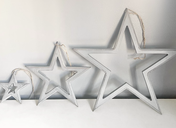 Set of three hanging stars