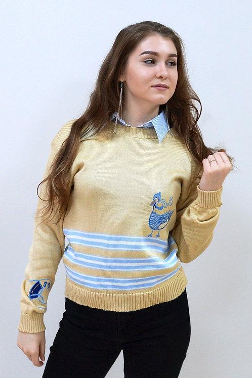 Полосатый свитер с вышивками