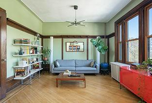 Living_room-1_1_.jpg