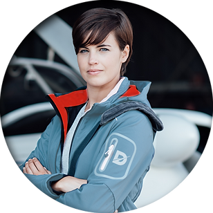 female_pilot.png