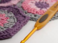 clover_soft_touch_crochet_hook.jpg