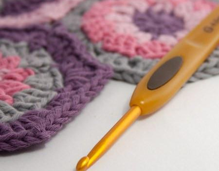 clover_soft_touch_crochet_hook.jpg