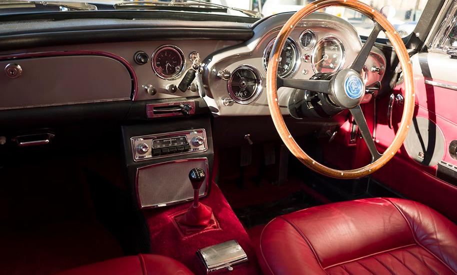 ReganDB4_interior_sm.jpg