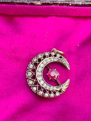 ❤️LUCY❤️ Victorian filigree Diamond and Ruby 20mm Crescent Pendant