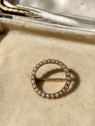 Victorian 15ct Gold and Pearl brooch