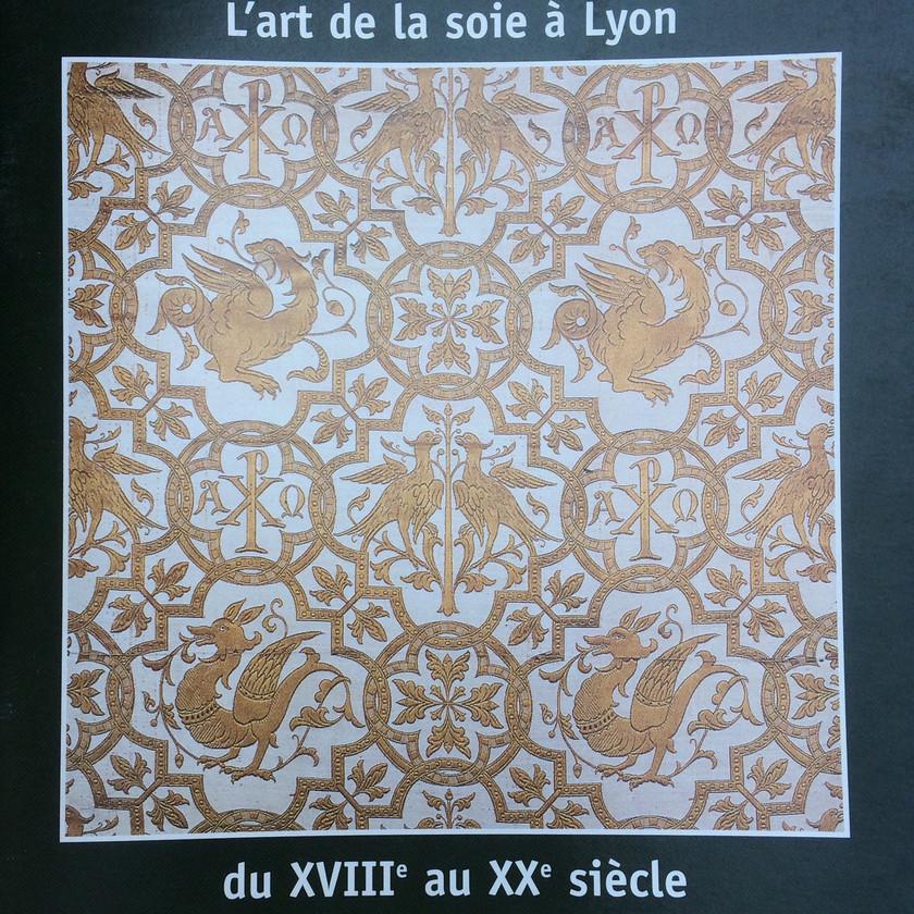 l'art de la soie à Lyon- livre - Rhone Alpes - centre d'art Yvon Morin