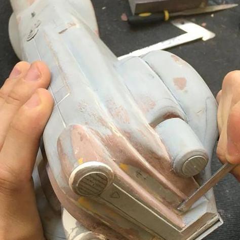 Épreuves d'artiste d'engins mécaniques désignés par Didier Graffet pour la galerie d'art Daniel Maghen,  Sculpture Manta 1