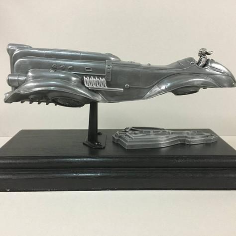 Épreuves d'artiste d'engins mécaniques désignés par Didier Graffet pour la galerie d'art Daniel Maghen, Sculpture Manta 2
