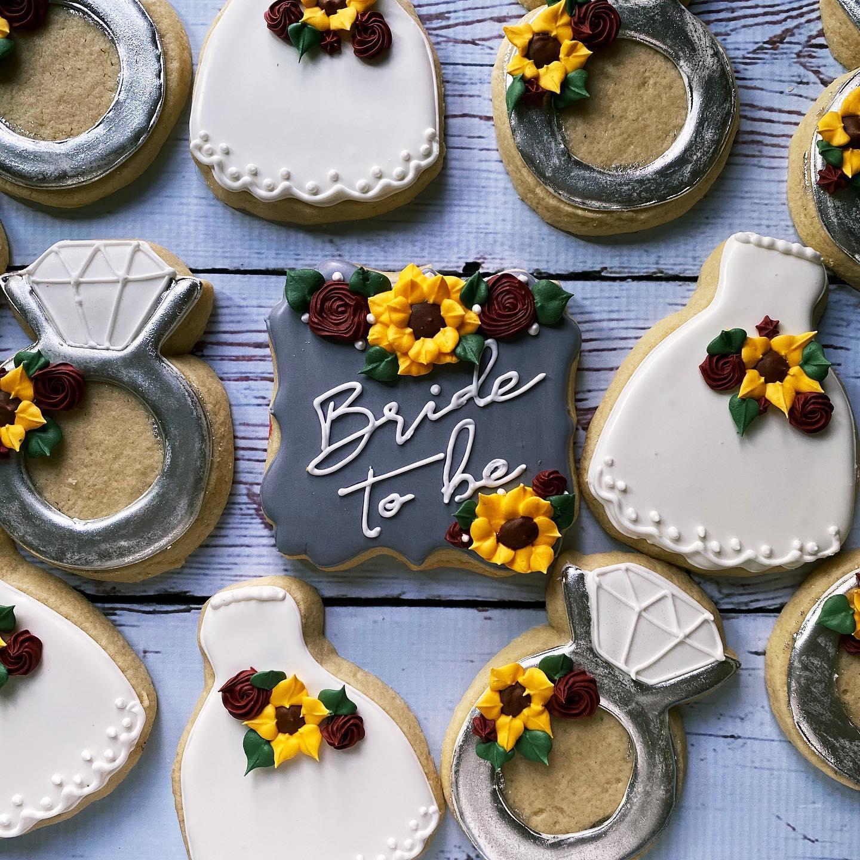 Sunflower Wedding cookies