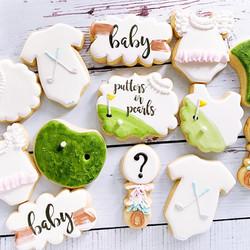 Putters or Pearls Gender Reveal Cookie