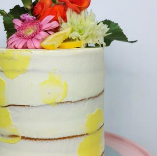 Geburtstagstorte Flecken gelb