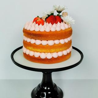 Naked-Cake Erdbeeren