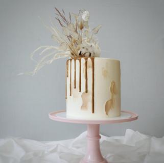 naturtöne drip cake