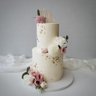zweistöckige Torte Mr&Mrs