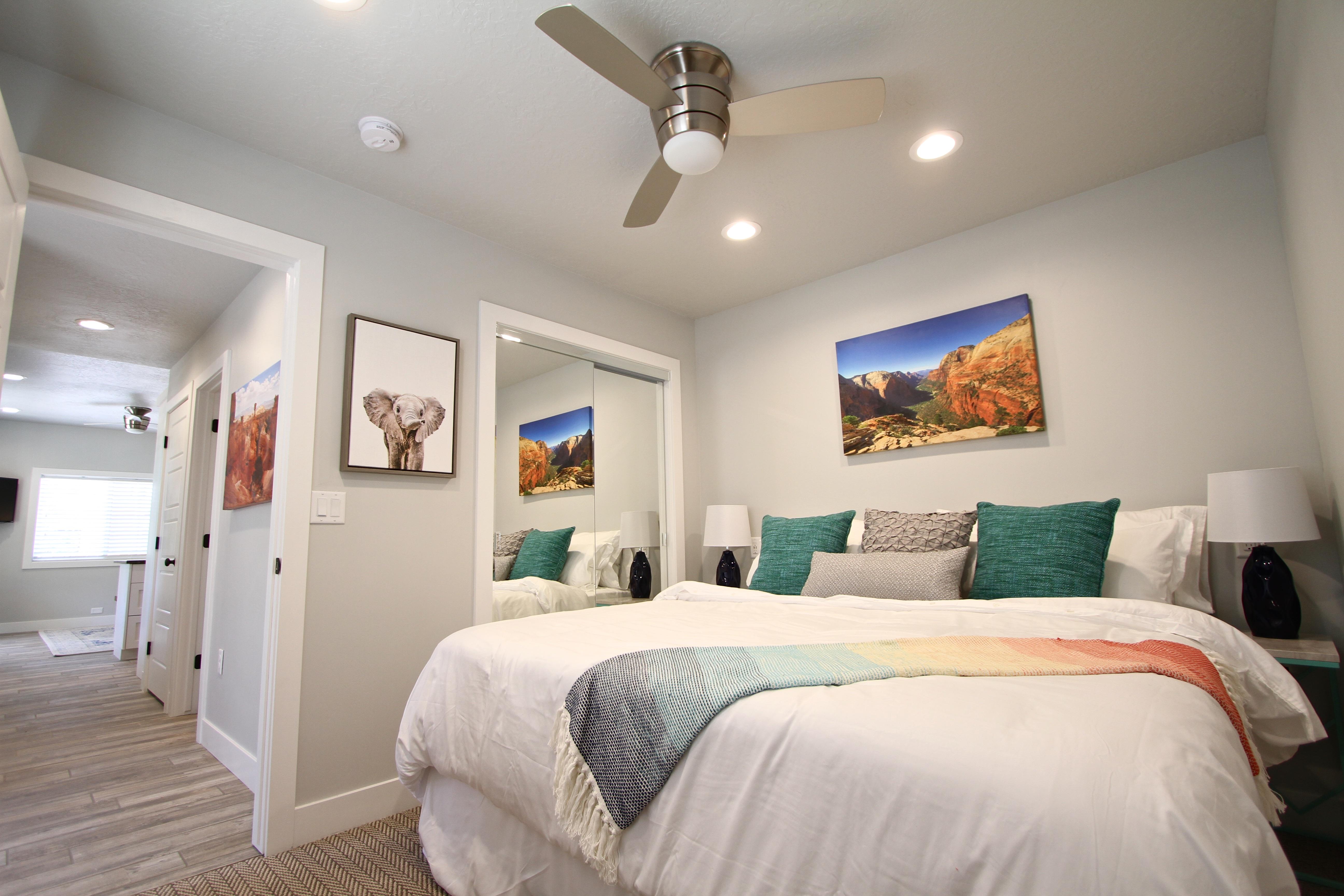 Tiny House 5-6 King Bed