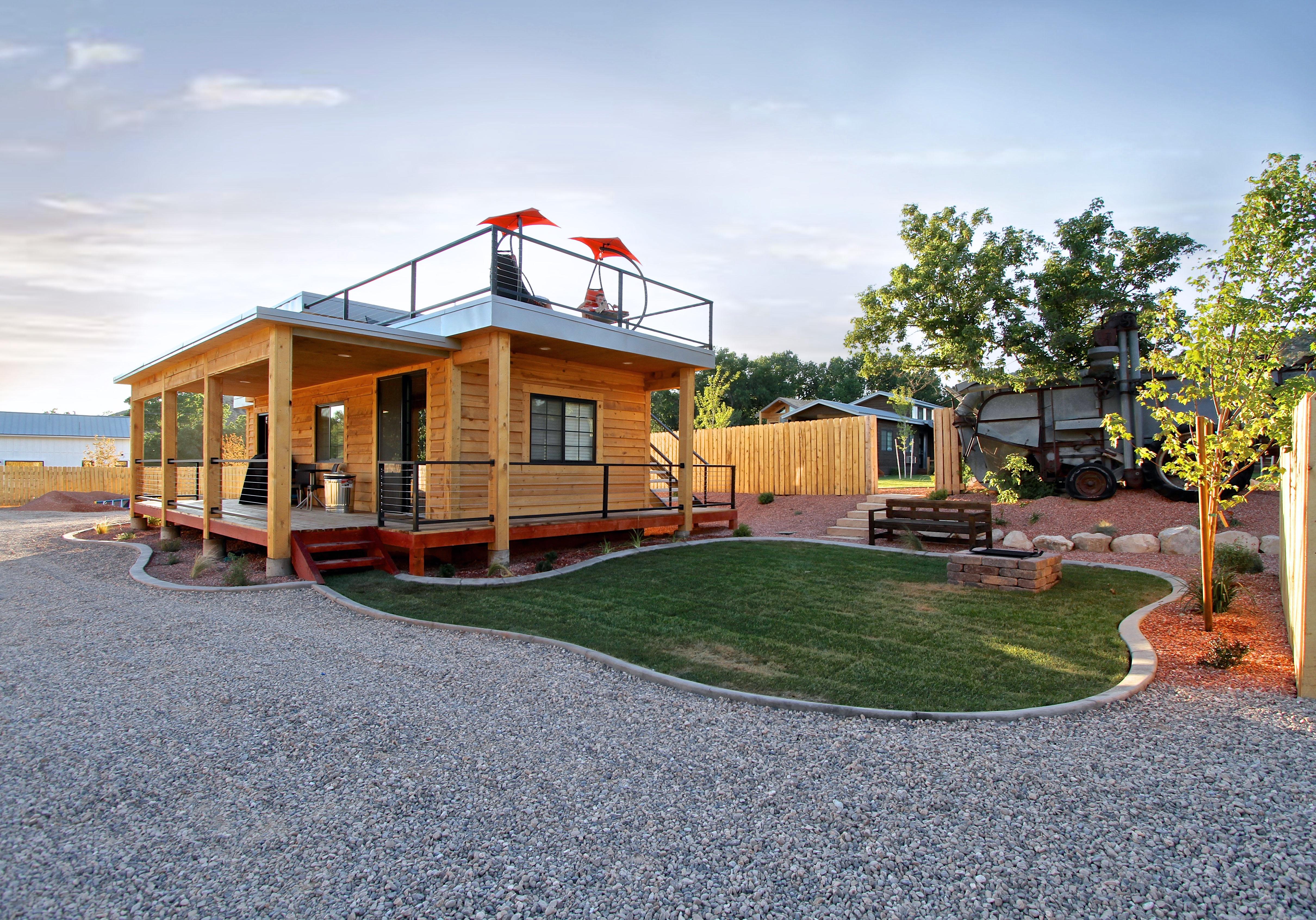 Tiny House 5-6 Exterior