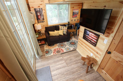 Tree House Sitting Area/Sofabed