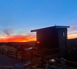 #treehousewithaview #sunsets #treehouset