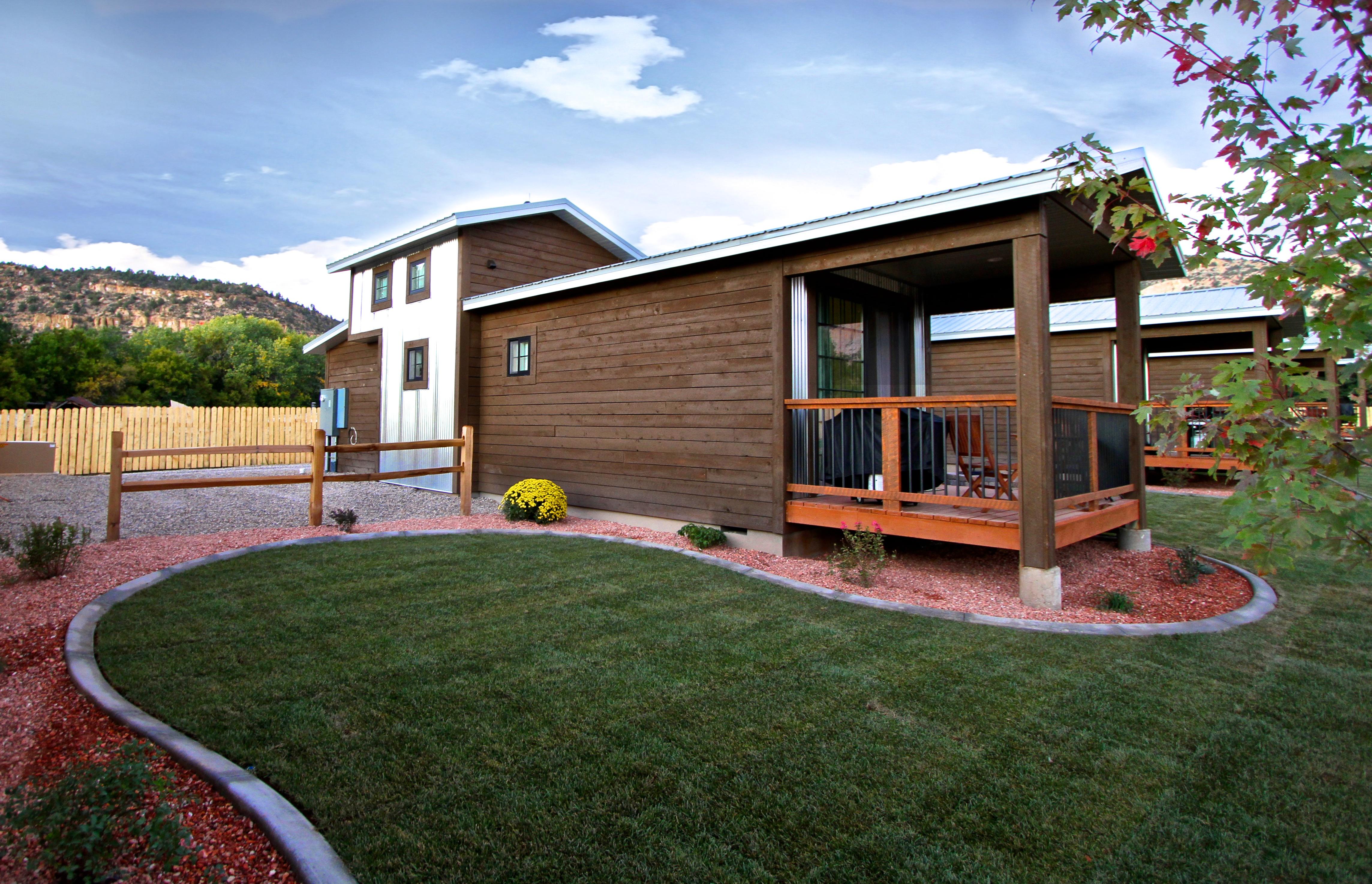 Tiny House 1-4 Exterior