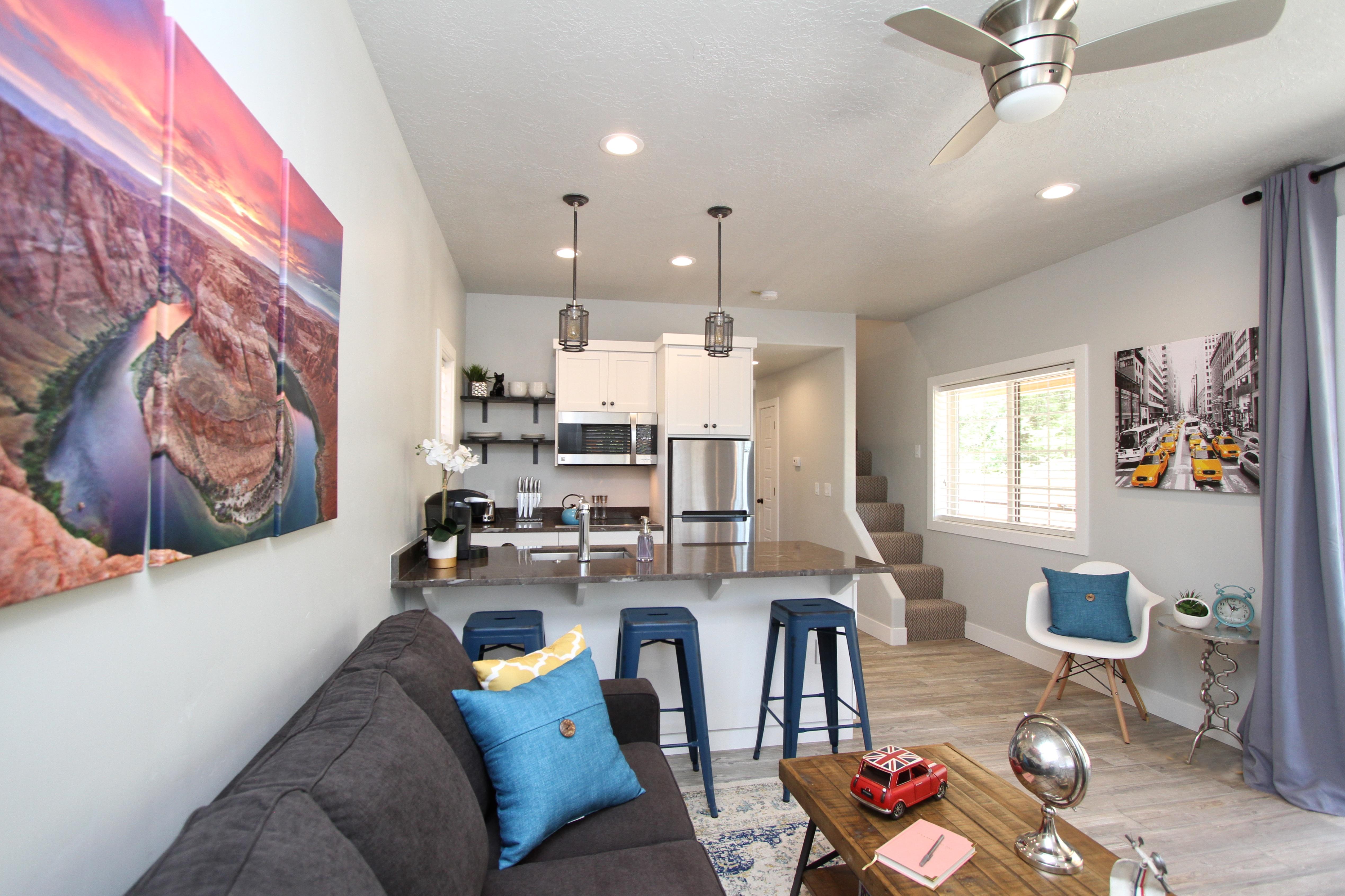 Tiny House 5-6 Living Area