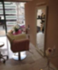 烏丸御池美容室|個室サロン|プライベートサロン|まんつーまn||マンツーマン|