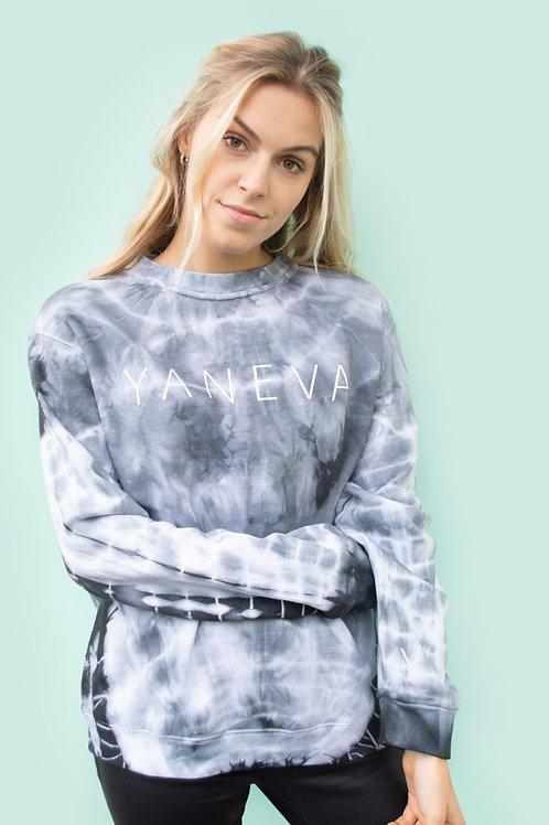 BATIQUE black sweatshirt