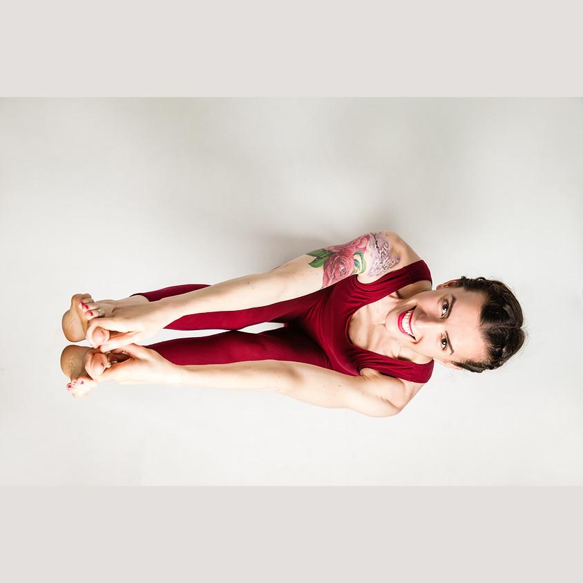 La Pratica Hatha Yoga di Marta   Per Tutti