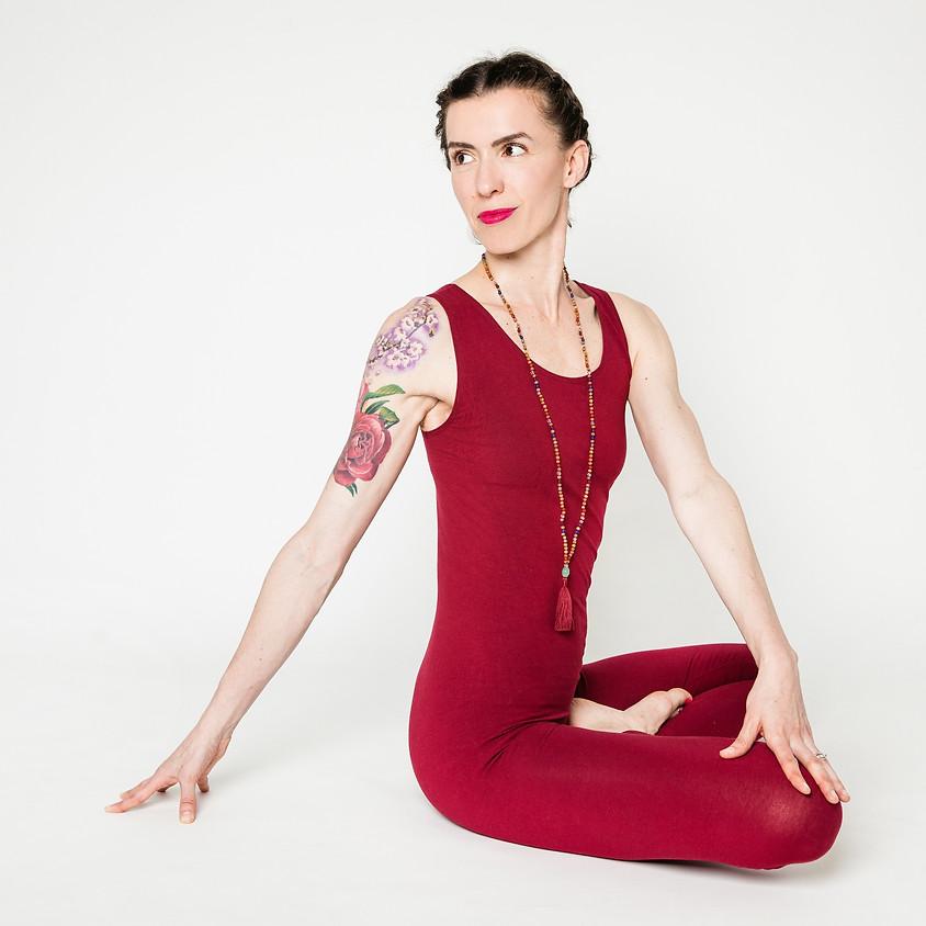 Hatha Yoga con Marta | Live Streaming
