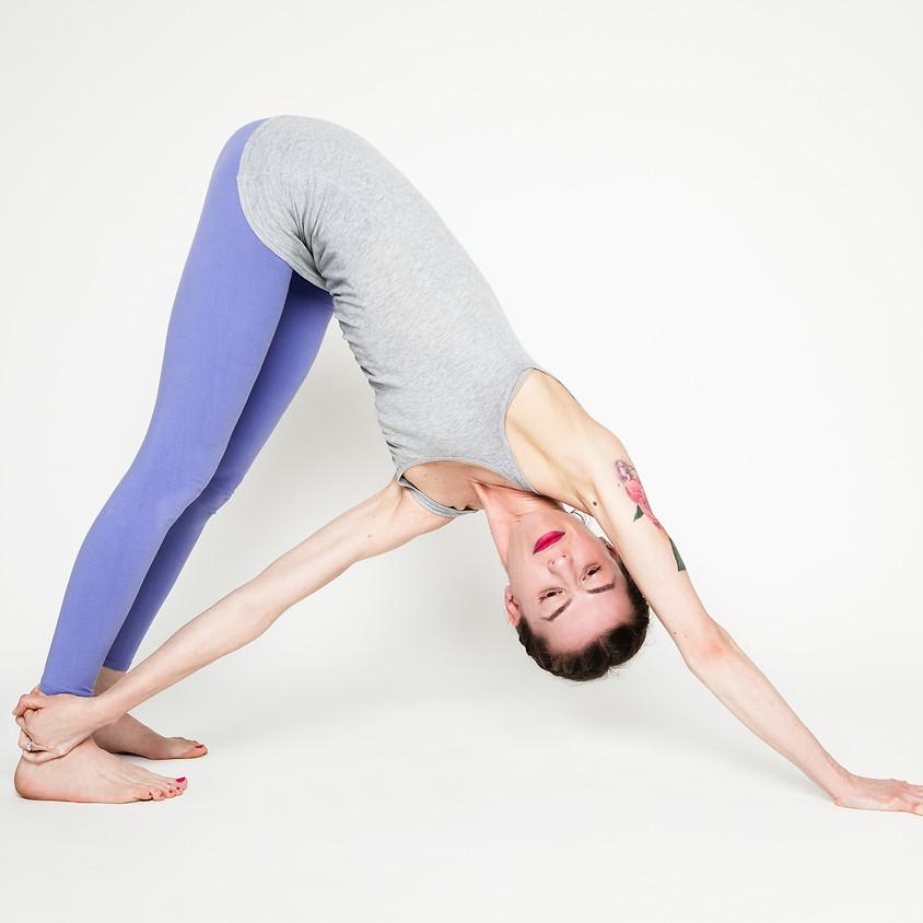 Hatha Yoga con Marta | Per Principianti | Gratis su Zoom |